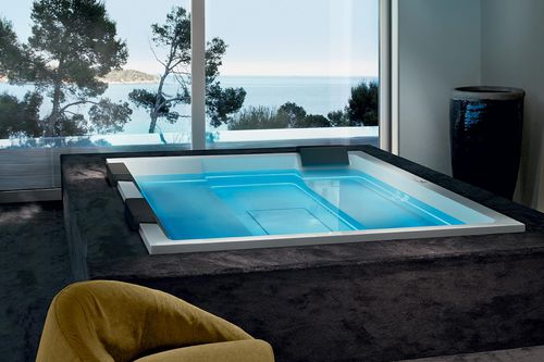 built-in hot tub / rectangular / 6-person / 5-person