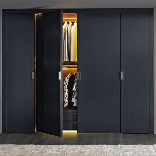 contemporary wardrobe / wooden / with swing doors / by Antonio Citterio