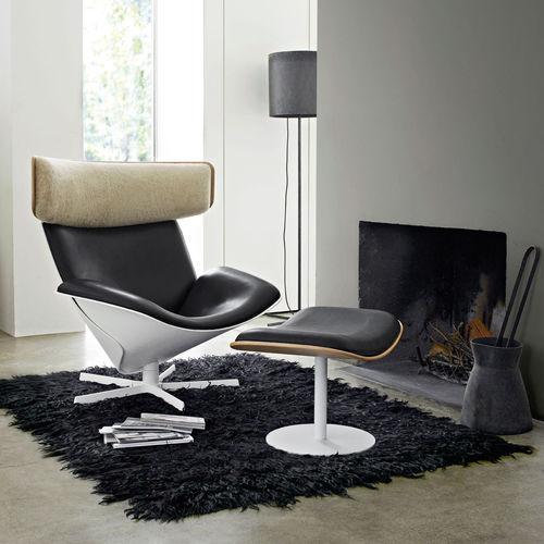 Scandinavian design armchair / oak / leather / Merino wool ALMORA by Doshi Levien B&B Italia
