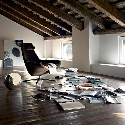 Contemporary armchair / fabric / aluminium / leather METROPOLITAN by Jeffrey Bernett B&B Italia