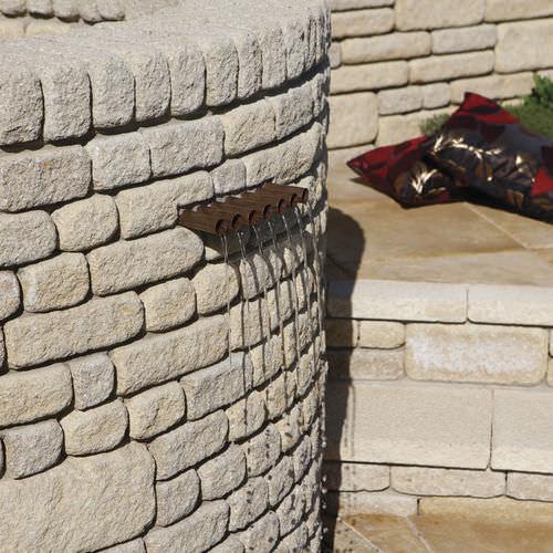 garden edge / concrete / engineered stone / high