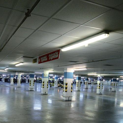Surface-mounted light fixture / LED / linear / polycarbonate PCM LED Esse-ci