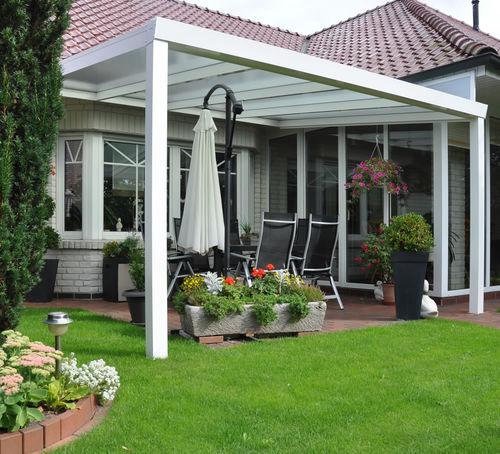 wall-mounted pergola / aluminum / glass canopy / custom