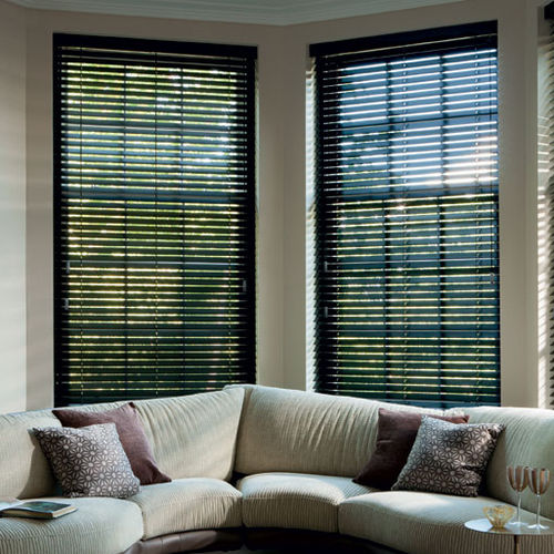 Venetian blinds / wooden / motorized / electric