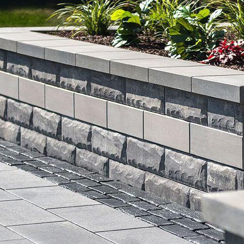 solid concrete block / for garden enclosures / for retaining walls / for pillars