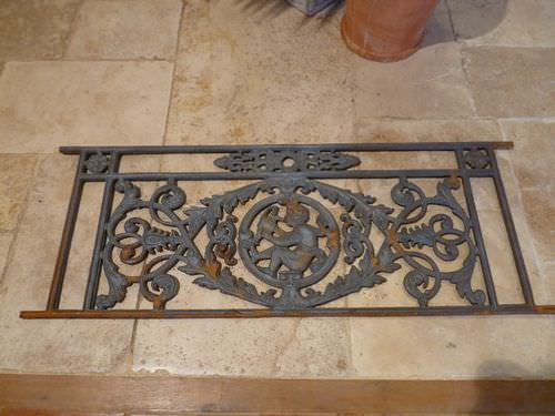 cast iron railing / with bars / outdoor / for balconies