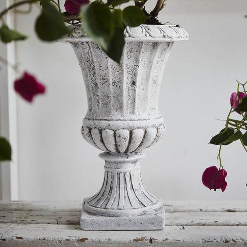 plastic garden pot / free-standing / round