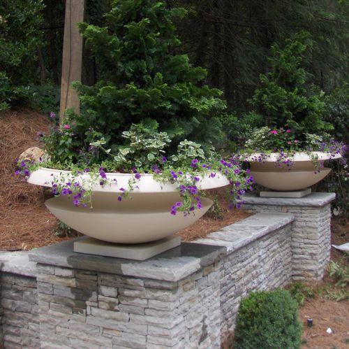 fiberglass planter / traditional / for public spaces