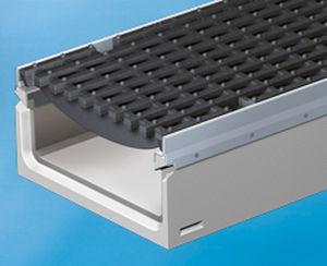 public space drainage channel / fiber-reinforced concrete / with grating / leak-proofing