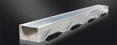 public space drainage channel / fiber-reinforced concrete / with central slot / with grating