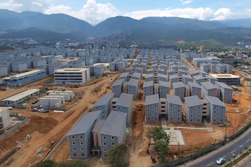 Prefab building / for housing developments / steel / steel framing CARACAS - VENEZUELA Steelife