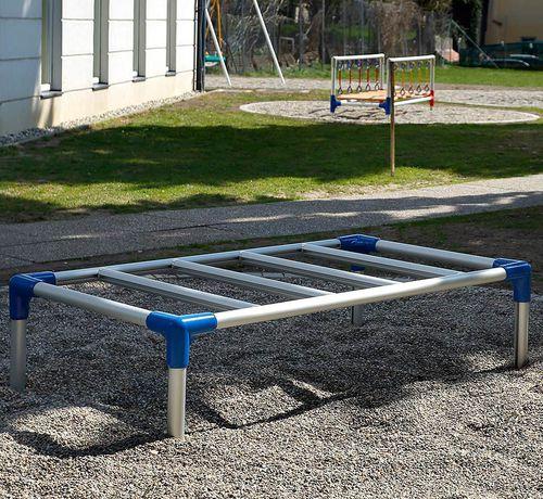 aluminum ladder / horizontal