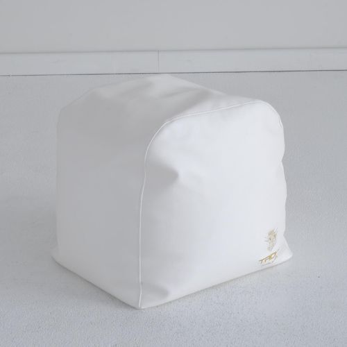 contemporary pouf / leather / waterproof / garden