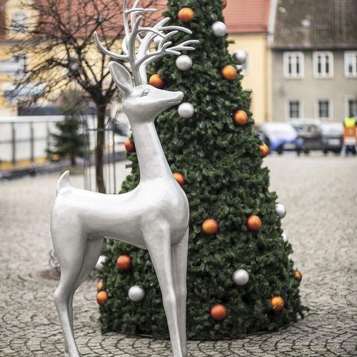 outdoor sculpture - Terra Group