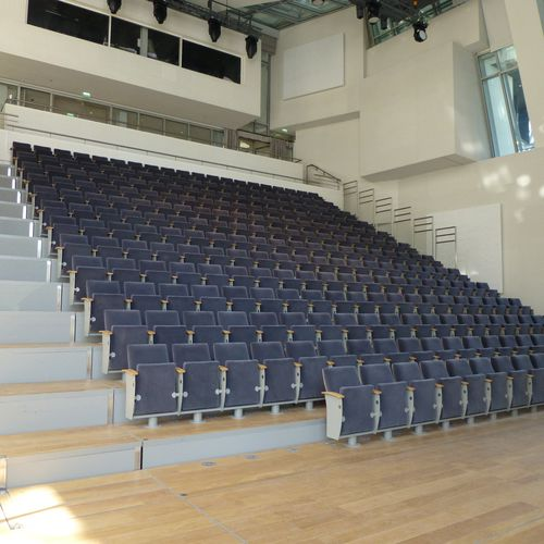 Telescopic stadium seating / with hide-away seats STRAIGHT QSX SYSTEM SERAPID