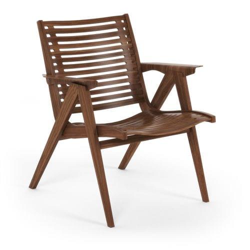 Scandinavian design armchair / walnut