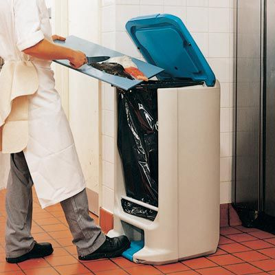 kitchen trash can / recycled plastic / commercial / foot-operated