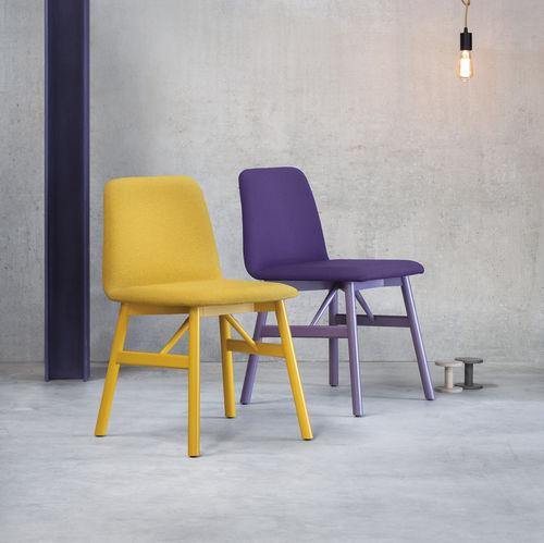 Scandinavian design chair / upholstered / leather / beech