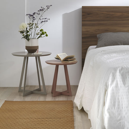 contemporary bedside table / lacquered MDF / round / contract