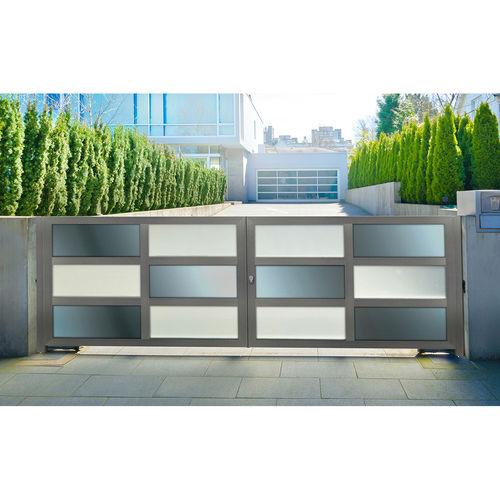 swing gate / sliding / anodized aluminum / composite