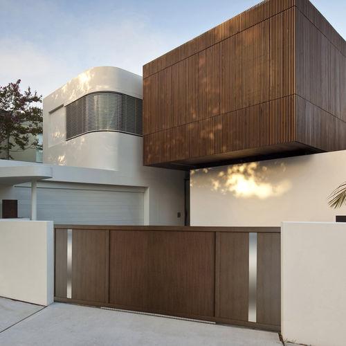 swing gate / aluminum / panel / residential