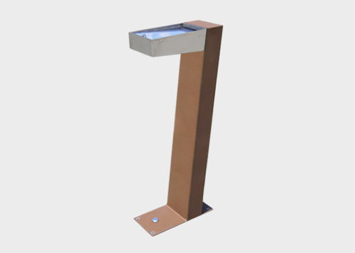 outdoor drinking fountain / steel / not specified