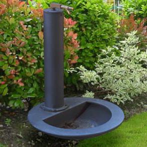 public fountain / cast iron / steel / contemporary