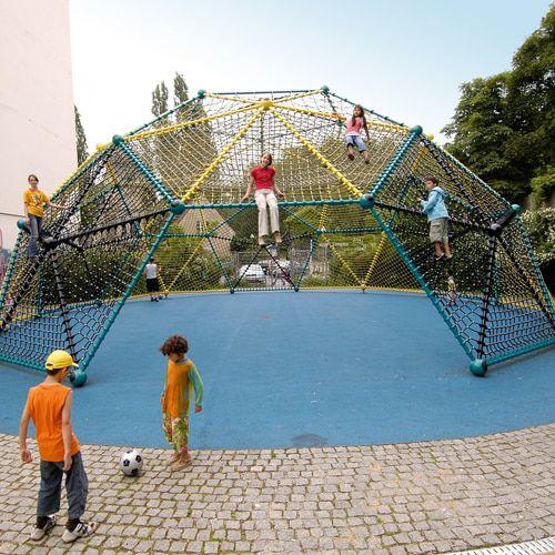 playground climbing net