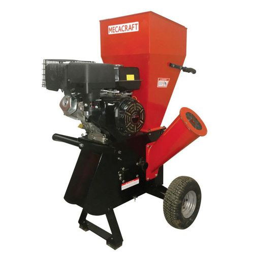 wood chipper with combustion engine / gasoline