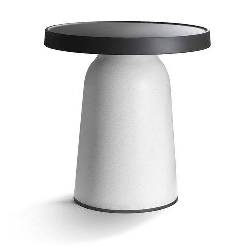 contemporary side table / plastic / round / outdoor