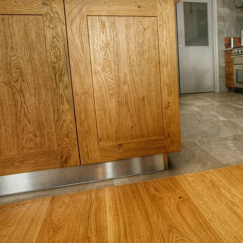 wall-mounted paneling / built-in / for ceilings / oak