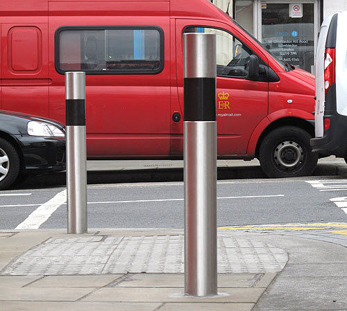 access control bollard / galvanized steel / mild steel / removable