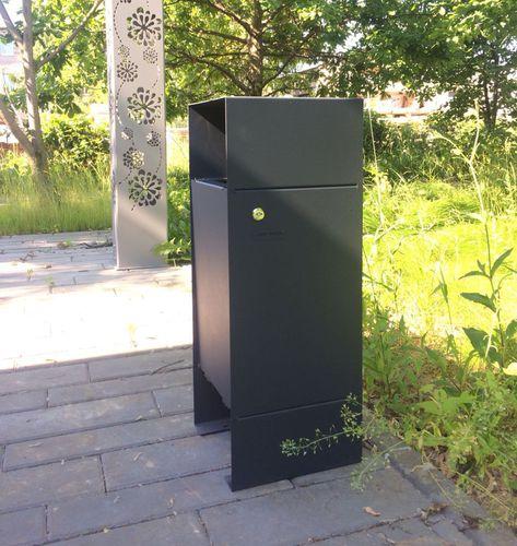 public trash can / metal / for public spaces / contemporary