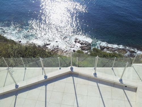 glass railing / with panels / outdoor / for patios