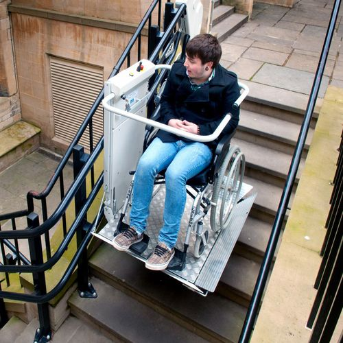handicapped platform stair lift / standard / inclined / outdoor