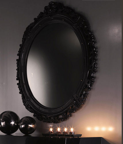 wall-mounted mirror / New Baroque design / oval / wooden