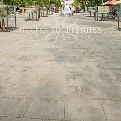 stone paving / anti-slip / pedestrian / matte
