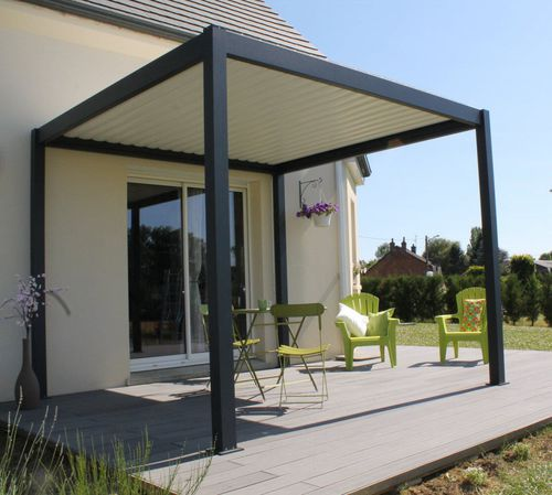 wall-mounted pergola / self-supporting / aluminum / with mobile slats