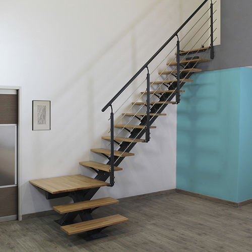 straight staircase / quarter-turn / metal frame / wooden steps