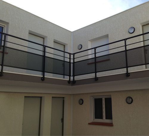 perforated sheet metal balcony / with bars / aluminum