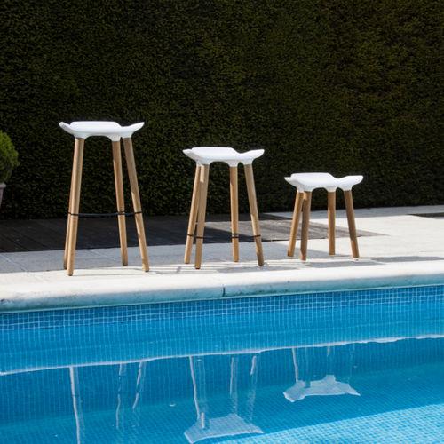 contemporary bar stool / oak / commercial / outdoor