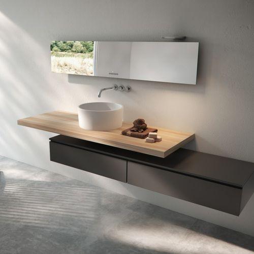 electric radiator / mirror / contemporary / bathroom