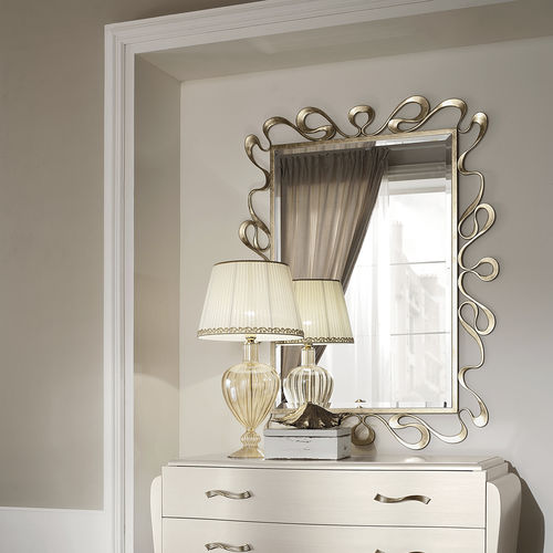 wall-mounted mirror / hanging / classic / rectangular
