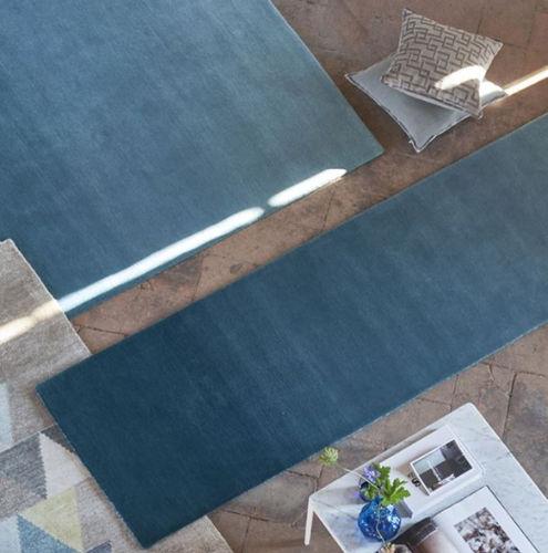 runner rug / contemporary / plain / wool