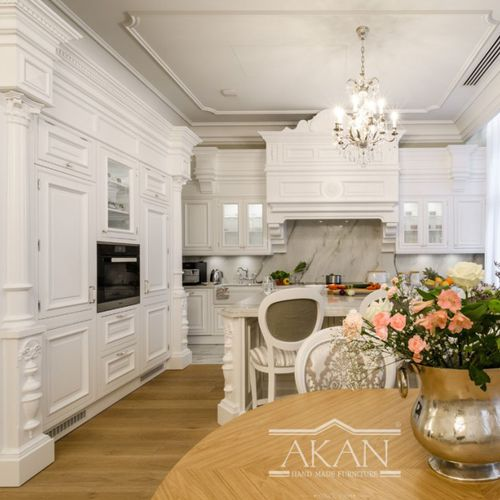 classic kitchen / solid wood / island / handmade