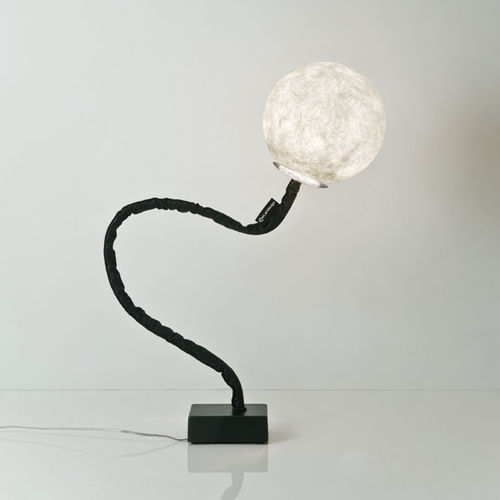 floor-standing lamp / contemporary / cast iron / steel