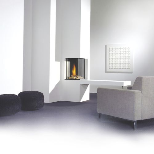 Gas fireplace / contemporary / closed hearth / corner HONEST dim\'ora