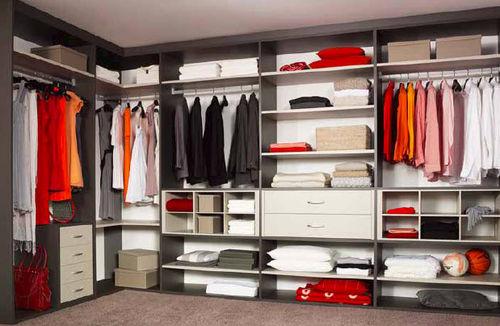 Contemporary walk-in wardrobe / wood LEGNO raumplus