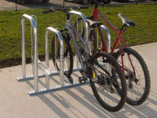 galvanized steel bike rack / for public spaces