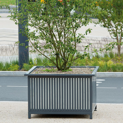 steel planter / galvanized steel / square / contemporary